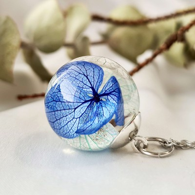 Pandantiv sfera cu Flori de Hortensie albastru alb・MAY BLUE・20mm, Oțel Inoxidabil